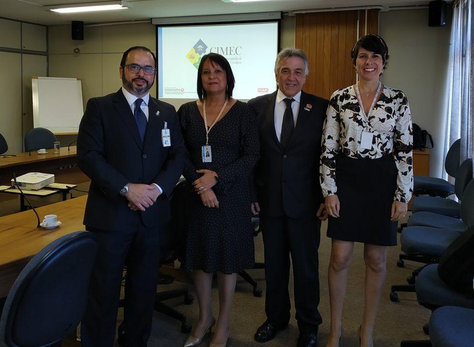 Luiz Ramos discute temas com primeiro escalão do TST, Ministério da Justiça, ANTAQ e Senado